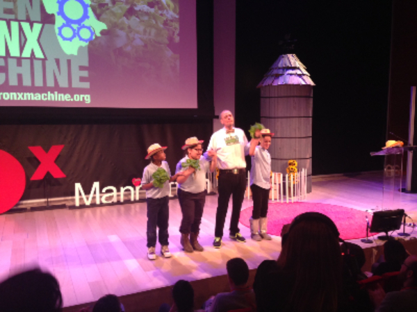 2015-03-TEDxManhattan-Stephen_with_Students