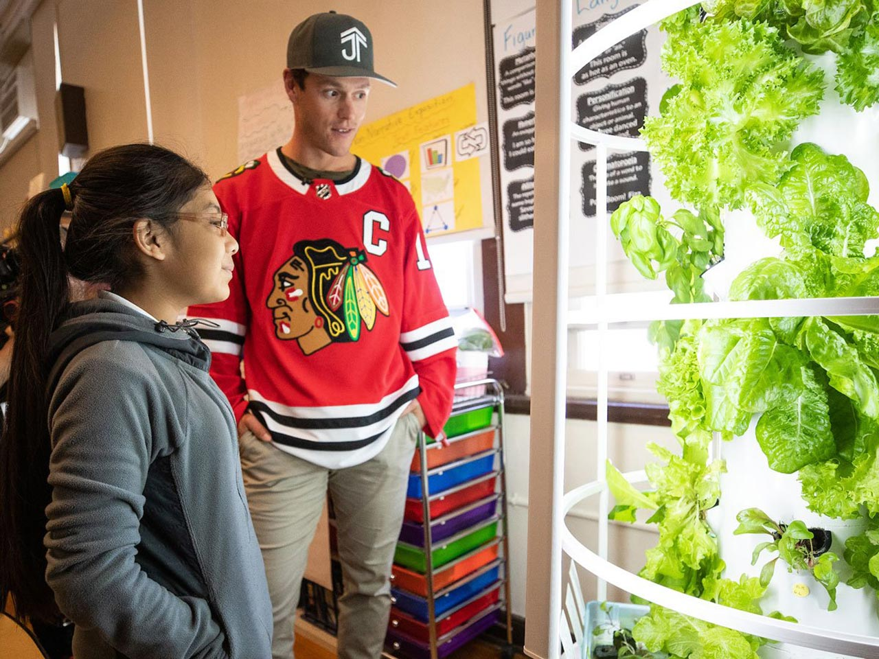 Green Bronx Machine is proud to partner with the Jonathan Toews Foundation and the Chicago Blackhawks to bring Tower Gardens and Green Bronx Machine Classroom Curriculum to schools across Chicagoland. Recently named the Chicagoan Of The Year for his work with Green Bronx Machine, Jonathan...